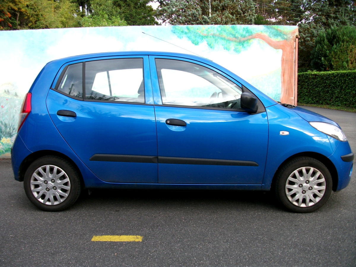 the old 2008 hyundai i10 the ideal small car justdrive there. Black Bedroom Furniture Sets. Home Design Ideas