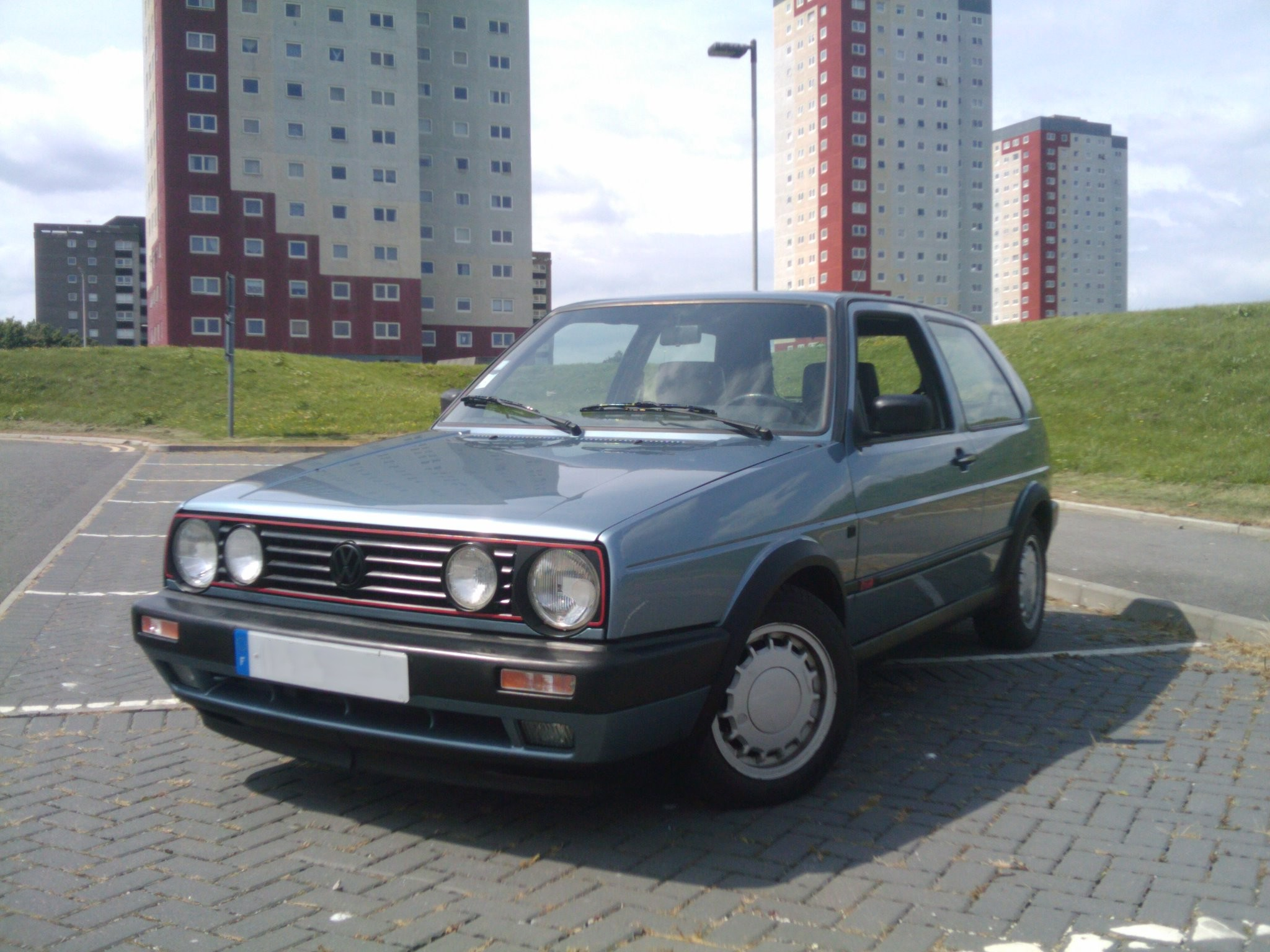 The Old-School review, the Mk2 Volkswagen Golf GTI 8V | JustDrive There